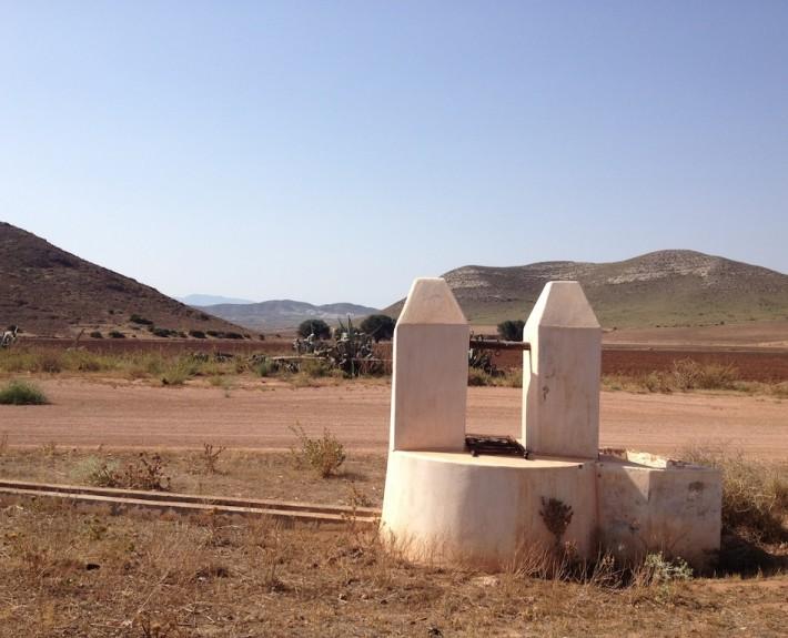 Spanien 2013 Brunnen im Niemandsland